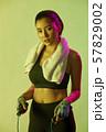 女性 スポーツ アスリート  57829002