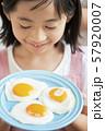 女の子 子供 料理 57920007