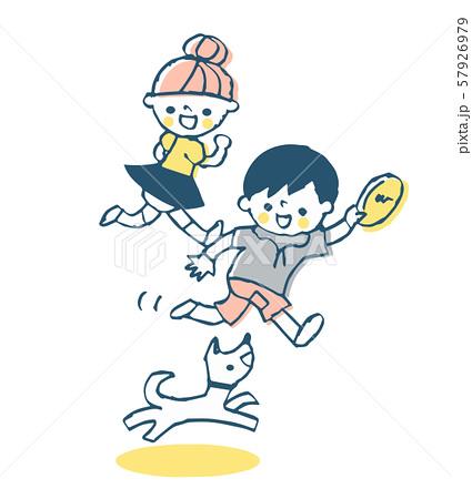 犬と遊ぶ子供達 57926979