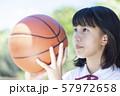 バスケ 女子中高生 57972658