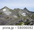 南岳付近から望む槍ヶ岳、大喰岳、中岳 58006092