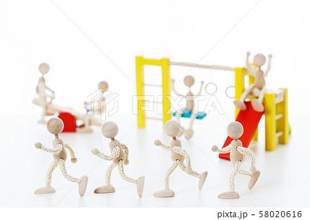 保育 保育園 幼稚園 子供 園児 58020616