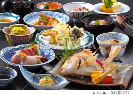 和食 日本料理 和御膳 懐石料理 和懐石 料理 食べ物 食品 日本食 鯛塩焼き 刺身 天ぷら  58206375