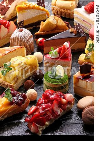 スイーツ ケーキ ケーキ集合 ショートケーキ 食べ物 食品 デザート ケーキイメージ  58208543