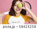 女性 スポーツ テニス 58423258