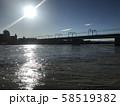 台風後に増水した多摩川 58519382