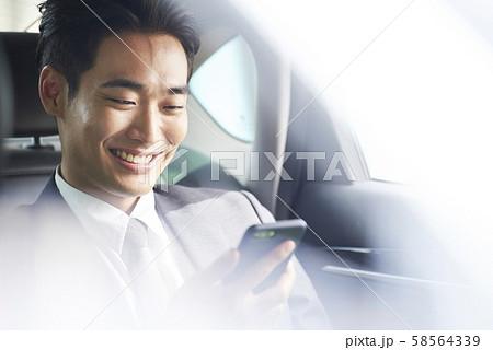 男性 ビジネスマン 58564339