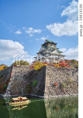 大阪城公園の秋景色 58618190