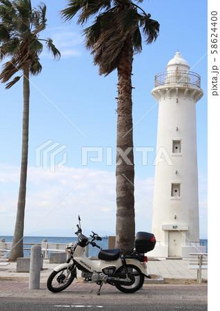 野間灯台とバイク 58624400