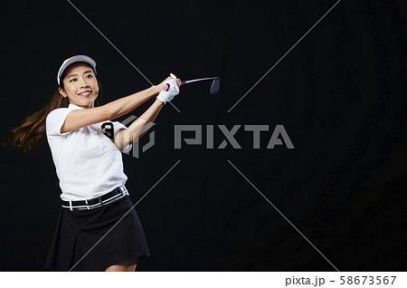 ゴルフ ゴルファー 女性 58673567
