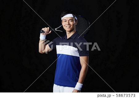 テニス テニスプレイヤー 男性 58673573