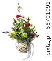 Flower arrangement of flowers. 58701091