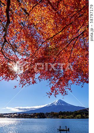 富士山 紅葉 58797179