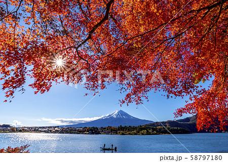 富士山 紅葉 58797180