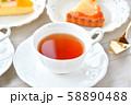 紅茶とフルーツタルトのティータイム(お茶)のイメージ。 58890488