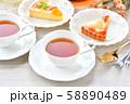紅茶とフルーツタルトのティータイム(お茶)のイメージ。 58890489