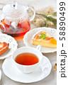 紅茶とフルーツタルトのティータイム(お茶)のイメージ。 58890499