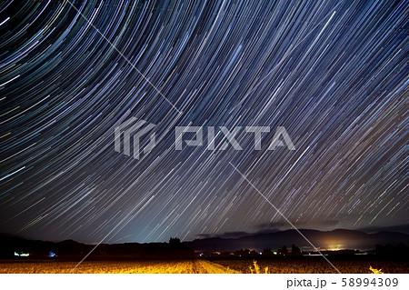 星の軌跡 東の空 スタートレイル 58994309