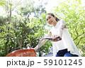 女性 ライフスタイル 自転車 59101245
