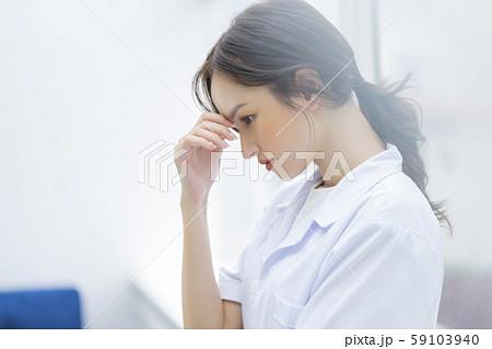 女性 医者 病院 59103940