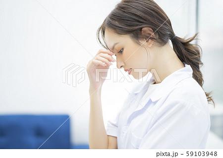 女性 医者 病院 59103948