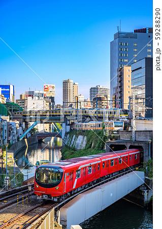 御茶ノ水の鉄道風景 聖橋付近から 中央線、総武線、丸ノ内線の競演 59288290