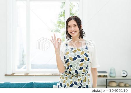 主婦 家事 OK 女性 59406110