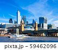 テムズ川とシティ・オブ・ロンドンの高層ビル 59462096
