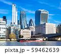 テムズ川とシティ・オブ・ロンドンの高層ビル 59462639