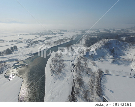 秋田県大仙市 中仙地域の冬の空撮 玉川 59542161
