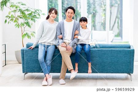 若い家族 59659929