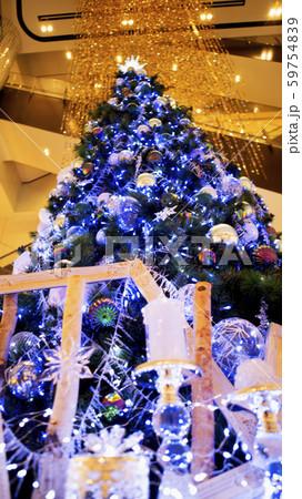 クリスマスツリー イルミネーション 59754839