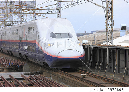 E4系 Max 新幹線電車 入線 59798024