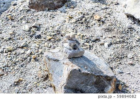 賽の河原 石積み 三途の川 冥土 地獄 死後の世界 イメージ 59894082