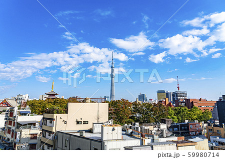 【東京都】浅草から見たスカイツリー 59980714