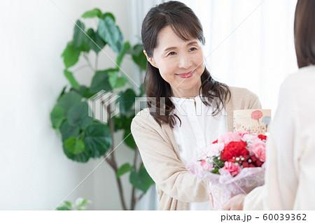 女性 母の日 60039362