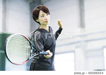 テニス テニスクラブ テニススクール フィットネス スポーツジム 女性 60096954