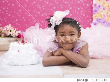 ドレスのハーフの女の子1 60180916
