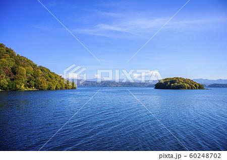 洞爺湖 饅頭島(遊覧船からの眺め) 60248702