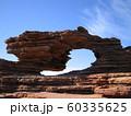 西オーストラリア州カルバリーにある奇岩ネイチャーズウインドー 60335625