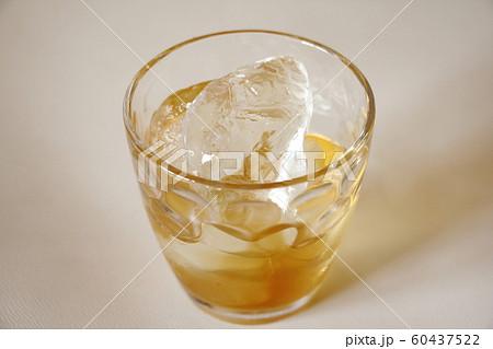 ウイスキー 60437522