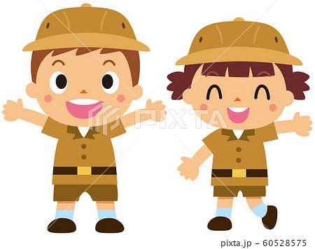 探検家姿の子供 60528575