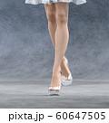 ガラスの靴を履いた美脚の女性 perming3DCG イラスト素材 60647505