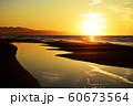 夕日 日本海 新潟県 60673564