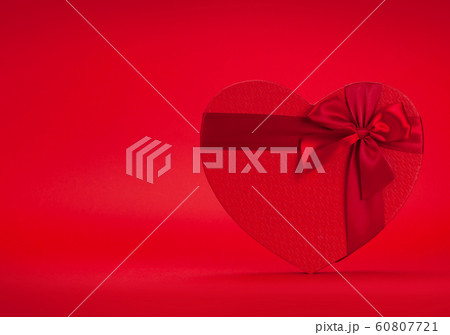 Valentines day greeting card 60807721