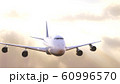 飛行機太陽背景 60996570