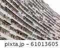香港_超高層マンションの外観 61013605