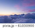 雲上の夕焼け風景 61030900