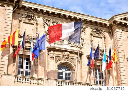 南仏 マルセイユ市庁舎 マルセイユ旧港 ポール通り 61067712