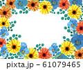 ガーベラとパンジー 春の花フレーム 61079465